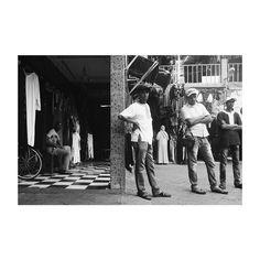 #marrakech #morocco #africa #zoco #people #men #looking #blancoynegro #blackandwhite #tourist #tourism #market #souk #tienda #vsco #vscolovers #vscoedit #picoftheday #photooftheday #igers #igersmorocco #igersmarrakech