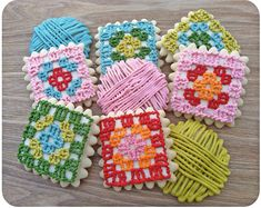 Granny square and yarn ball cookies.