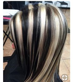 Golden Brown Balayage - 20 Best Golden Brown Hair Ideas to Choose From - The Trending Hairstyle Hair Color Streaks, Hair Color Highlights, Caramel Highlights, Blonde Streaks, Hair Inspo, Hair Inspiration, Skunk Hair, Brown Hair With Blonde Highlights, Aesthetic Hair