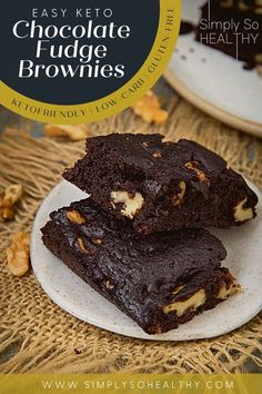Our easy Keto Chocolate Fudge Brownies recipe makes rich and chewy brownies the whole family will enjoy. 🍫😋 #lowcarb #keto #glutenfree #grainfree #Atkins #diabetic #Bantingdiets #ketodessert #lowcarbbrownies #chocoloatefudge Chocolate Fudge Brownies, Best Brownies, Chewy Brownies, Low Carb Deserts, Low Carb Sweets, Brownie Recipes, Cookie Recipes, Keto Fudge, Cookies