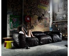 35 Brilliant Bean Bags  From Comfy Camera Seats   My dream for a beam bag room!!!!!!!!!!!!