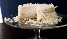Raw Coconut Cream Pie - making this right away!