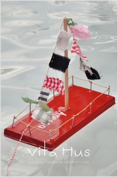 Pirate boats for Luca's party. Pirate boats for Luca's party. 60th Birthday Gifts, Pirate Birthday, Birthday Parties, Boy Party Games, Horse Party Favors, Anniversary Party Games, Party Gift Bags, Unicorn Party, Birthday Party Decorations