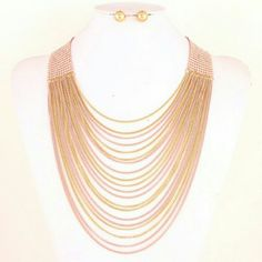 Layered Pink & Gold Necklace & Earring Set Pink & gold necklace with gold stud earrings. Perfect to dress up any outfit. Brand new. Never worn. Jewelry Necklaces