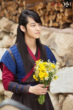 10 Korean actors who looked absurdly gorgeous with historical hair