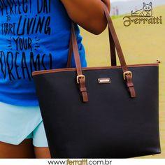 Dia perfeito para começar a viver seus sonhos...  As bolsas de couro legítimo podem ser elegantes ou casuais.  A Ferratti oferece opções para compor o look de todos os estilos.