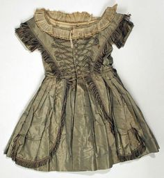 dress england 1845 | Uploaded to Pinterest
