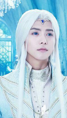 Ice fantasy yingkongshi the ice prince Fantasy Heroes, Fantasy Films, Fantasy Warrior, Ice Fantasy Cast, Sombra Lunar, Princess Weiyoung, Ma Tian Yu, Fantasy Forest, Fantasy City