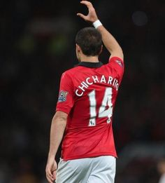 Mexican striker Javier Hernandez explains what Manchester United means to him. Manchester United Images, David Moyes, Soccer Players, The Unit, Running, Sports, Awesome Tattoos, Grande, Passion