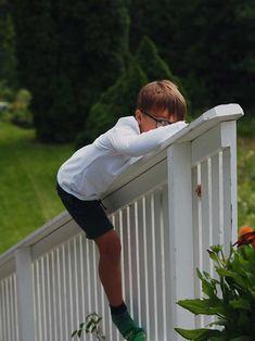 Work Travel, Kids Playing, Garden, Outdoor Decor, Boys Playing, Garten, Children Play, Lawn And Garden, Gardens