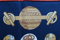 detail vintage Hermès 70 silk scarf Pois du Soie :-)