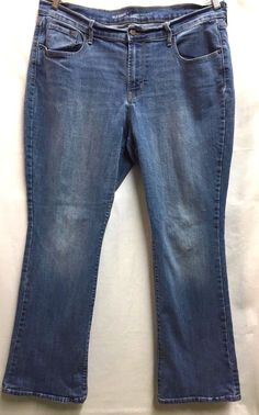Old Navy Women's Curvy Profile Mid Rise Stretch Bootcut Jeans 16 Short  #OldNavy #BootCut