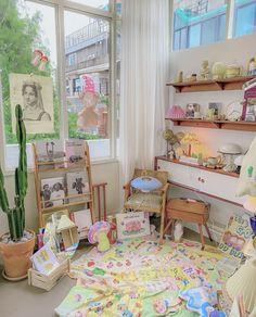 imagen descubierto por ⠀⠀. Descubre (¡y guarda!) tus propias imágenes y videos en We Heart It Room Design Bedroom, Room Ideas Bedroom, Bedroom Decor, Cute Room Ideas, Cute Room Decor, Pastel Room, Pastel Decor, Kawaii Room, Indie Room