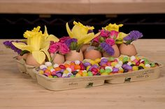 Easter Egg Carton -  Leanne and David Kesler, Floral Design Institute, Inc., in Portland, Ore. by Flower Factor, via Flickr