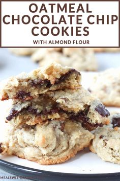 These oatmeal chocolate chip cookies are soft, chewy and melt-in-your-mouth. Made with almond flour, Quick Healthy Desserts, Healthy Cookies, Healthy Food, Healthy Eating, Delicious Cookies, Healthier Desserts, Healthy Recipes, Lunch Recipes, Healthy Meals