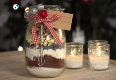 Ida Gran-Jansens hjemmelagede browniemix | Tara.no Norwegian Food, Diy And Crafts, Christmas Crafts, Gift Wrapping, Cookies, Baking, Party, Gifts, Ol