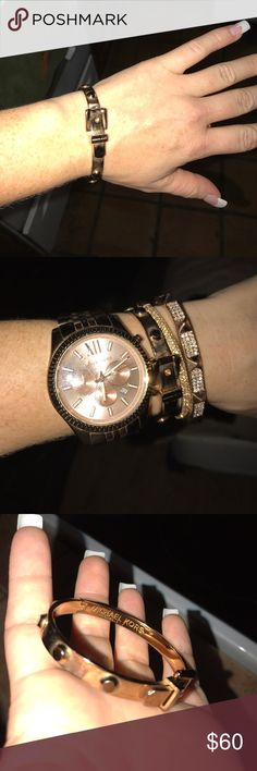 Michael Kors Buckle Rose Gold Bracelet ROSE GOLD! Tarnished a little bit but could use a good cleaning. Perfect paired with the other Michael Kors bracelet I have in my closet along with a watch! Michael Kors Jewelry Bracelets