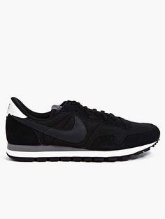 Men's Black Nike Air Pegasus 83 Sneakers