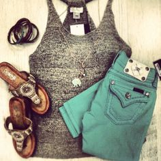 Textured grey knit stripped tank, turquoise skinny legs, and silver sandals