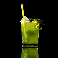 Created by Jörg Meyer, from the Lion in Hamburg, this cocktail is fast becoming a phenomenon across the cocktail world.