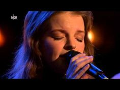 ▶ Yvonne Catterfeld - Lieber so - NDR Talk Show - YouTube