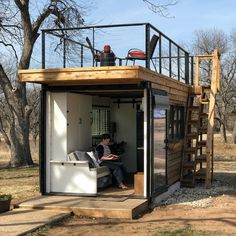 Container House Roof Deck – Shipping Container US Container Home Designs, Container House Plans, Tiny House Cabin, Tiny House Living, Tiny House Design, Living Room, Cargo Home, Casas Containers, Shipping Container Homes