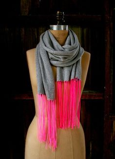 Make a beautiful spring scarf with a huge burst of color at the bottom with this neon fringe scarf pattern!