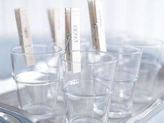 Puiset pyykkipojat ovat niin nättejä, että niille pitää keksiä lisää käyttöä. Ripustelun lisäksi ne sopivat myös ruokapöytään. Liquid Measuring Cup, Measuring Cups, Lassi, Recycling, Measuring Cup, Upcycle, Measuring Spoons