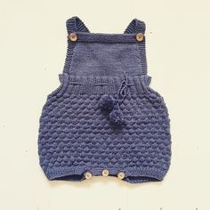 Hey, I found this really awesome Etsy listing at https://www.etsy.com/listing/246916698/the-sailor-romper-suit-knitting-pattern