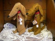 "DOGS BY ALINE COUSIN ""LA BESTIOLE A ROULETTES"" http://bestioleroulette.canalblog.com"