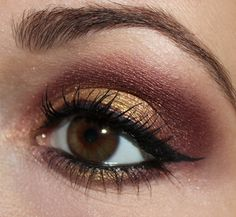 Sultry Thursday - red gold eye make up http://www.talasia.de/2013/11/14/sultry-thursday-bordeaux-gold/