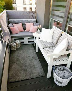 Small Balcony Design, Small Balcony Decor, Patio Design, House Design, Small Porch Decorating, Apartment Balcony Decorating, Apartment Balconies, Small Porches, Kitchen Models