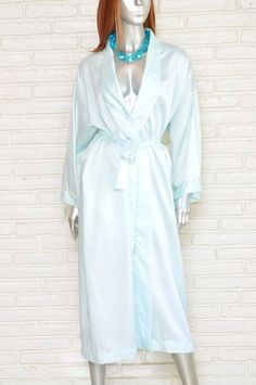 Check out this item in my Etsy shop https://www.etsy.com/listing/504183247/vintage-christian-dior-womens-robe-light #christiandior #dior #vintagelingerie #robes #loungewear #sleepwear #nightgown #pajamas #diorrobes #etsy #vintageclothing