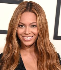 From Beyonce to Rihanna, natural makeup was trending on the Grammys red carpet. Oval Face Shapes, Oval Faces, Janet Jackson Concert, Beyonce, Eyebrow Trends, Eyebrow Styles, Face Shape Hairstyles, Face Pictures, Blue Ivy