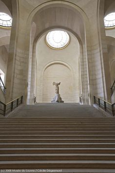 Conservation project for the Winged Victory of Samothrace and the monumental staircase Winged Victory Of Samothrace, Louvre Paris, The Louvre, Objet D'art, British Museum, Art And Architecture, Ancient Architecture, Oeuvre D'art, Sculpture Art