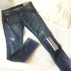 """Free People Patch distressed skinny jeans Artisan De Luxe for Free People distressed skinny jeans with with beautiful Aztec patch. Excellent condition worn twice. States size 24 but they run big and would fit size 26 better.  Measures 14 3/4"""" across waist 30"""" inseam and 8"""" front rise Free People Jeans Skinny"""