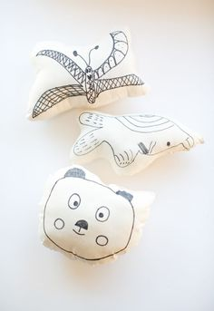 kid's art on a pillow - easy DIY sewing project for kids