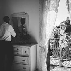 Peggy 🌿 Maison Pestea (@maisonpestea) • Photos et vidéos Instagram Amalfi Coast Wedding, Dresser As Nightstand, Curtains, Photos, Furniture, Instagram, Home Decor, Home, Blinds