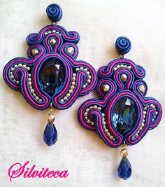 Pendientes soutache en azul cobalto y fucsia Visita mi blog http://silviteca.wordpress.com o Instagram:@silvitecabisuteria