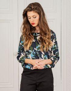Bomber Jacket, Blouse, Jackets, Fashion, Nantes, Down Jackets, Moda, Fashion Styles, Blouses