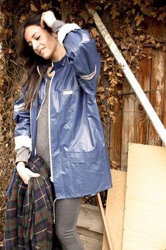 Regenmantel, Jacken, Pvc-regenmantel, Blauer Regenmantel, Regnerischer Tag  Mode, Regenbekleidung b9ea02a2ea