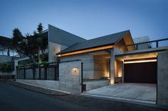 Gallery of Hikari House / PranalaAssociates - 1