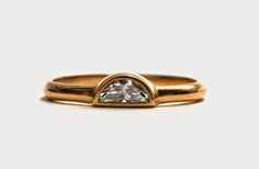 New Day ring in 18ct yellow gold with a white diamond from David Neale for Pieces of Eight.