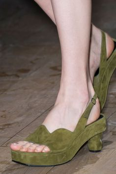 Vans Shoes Dries Van Noten at Paris Fashion Week Spring 2017 – Details Runway Photos… Cute Shoes, Me Too Shoes, Shoe Boots, Shoes Sandals, Vans Shoes, Shoes 2017, All About Shoes, Green Shoes, Kinds Of Shoes