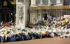 Floral tributes at Buckingham Palace - Princess Diana's Funeral Procession - 6 September 1997 - London, England by Annabel Sheppey