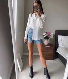 Classy Summer Outfits, Summer Fashion Outfits, Cute Casual Outfits, Simple Outfits, Stylish Outfits, Classy Chic Outfits, Classy Shorts Outfits, Casual Chic Summer, Basic Outfits