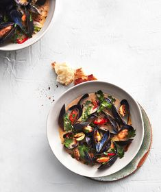 8 Delicious Mother's Day Dinner Recipes | The best thing about mussels is that they're inexpensive, easy to cook, and totally impressive. These steamed mussels are tender and juicy, and get dished up in a spicy buttery sauce. Serve heaping bowls with toasted craggy bread to soak up the extra broth. #mothersdayrecipes #realsimple #mothersdayideas #giftideas Brunch Recipes, Seafood Recipes, Dinner Recipes, Shrimp And Lobster, Fish And Seafood, Mothers Day Dinner, Steamed Mussels, Grilled Bread, Luxury Food