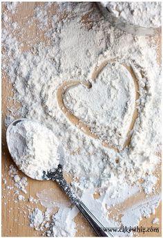 Homemade Cake Flour Recipe, Homemade Cakes, Flour Recipes, Cake Recipes, Cooking Recipes, Mini Desserts, How To Make Homemade, How To Make Cake, Bolo Cake