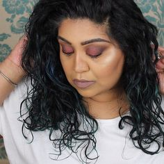#bbloggers MOTD   Eyes: @makeuprevolution Flawless 2 palette  Blush: @tartecosmetics Maracuja Cheek Tint Sheer Red  Highlight: @kikomilano Wet & Dry shadow 208  Lips: @shopvioletvoss Lust