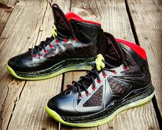 Nike LeBron X Homme Project Yeezy-Inspired Custom. These are the illest customs I have ever seen.